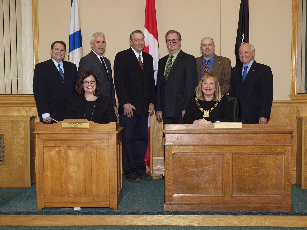 Nov 14 2016 014 Council photo reduced
